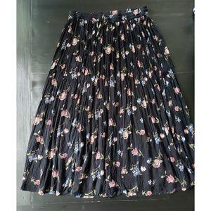 VINTAGE ZONTEE Black Floral Maxi Skirt Boho